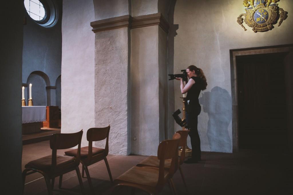 Hochzeitsfotograf aus Paderborn in der Abdinghofkirche