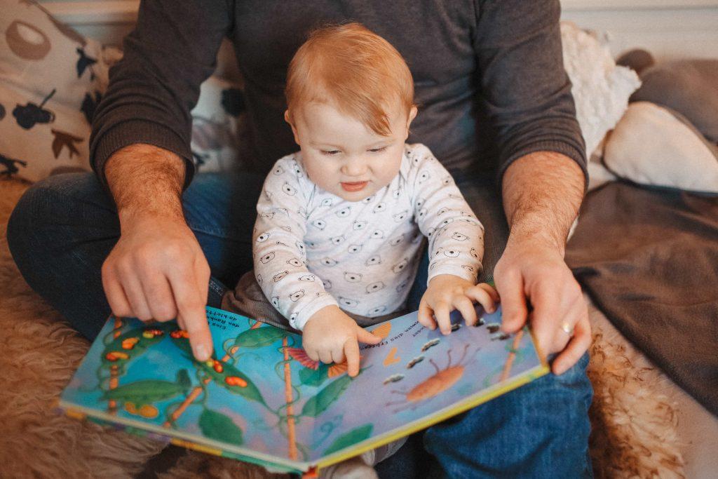 Mit Babys lesen